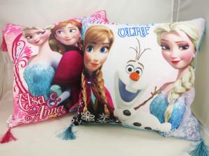 アナと雪の女王 クッション